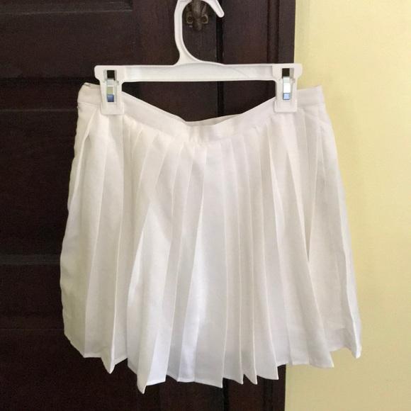 Forever 21 Dresses & Skirts - White Pleated Skirt.